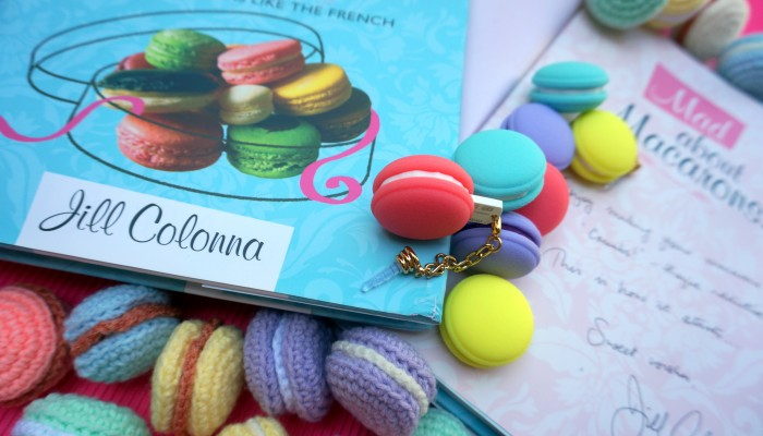 Who doesn't like Prizes .... and its certainly macaron madness here